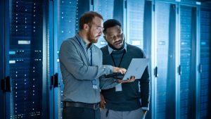 Schneider Electric, Edge çözümü ile veri merkezlerinin Endüstri 4.0'a geçişlerini hızlandırarak sürdürülebilir olmalarını sağlıyor